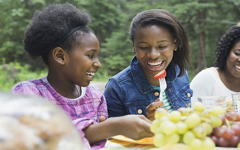 Five ways to help your teenager to eat healthy