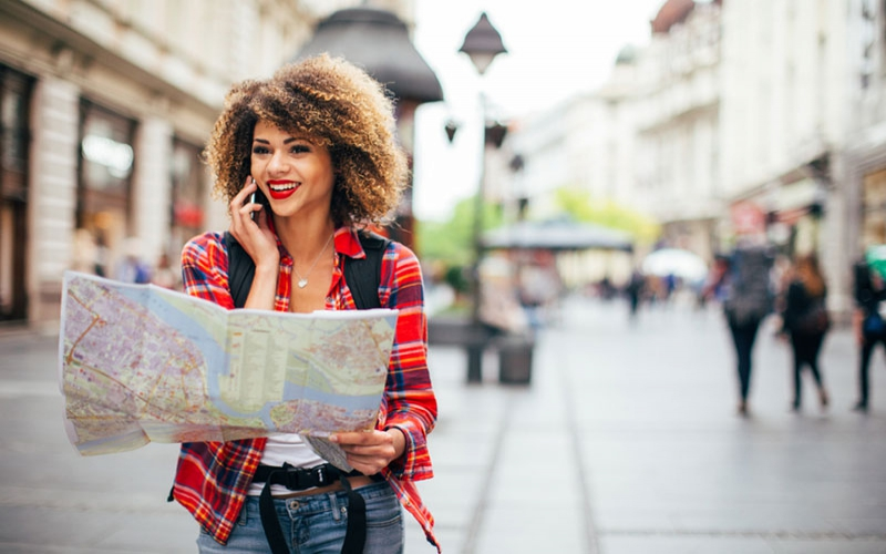Tips on how to stay safe while travelling