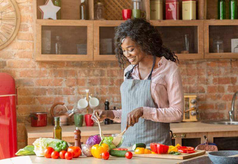 Tips on how to create a meal plan for one