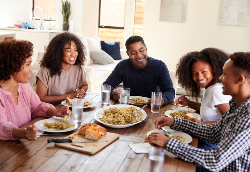 Tips on how to introduce your partner to the family