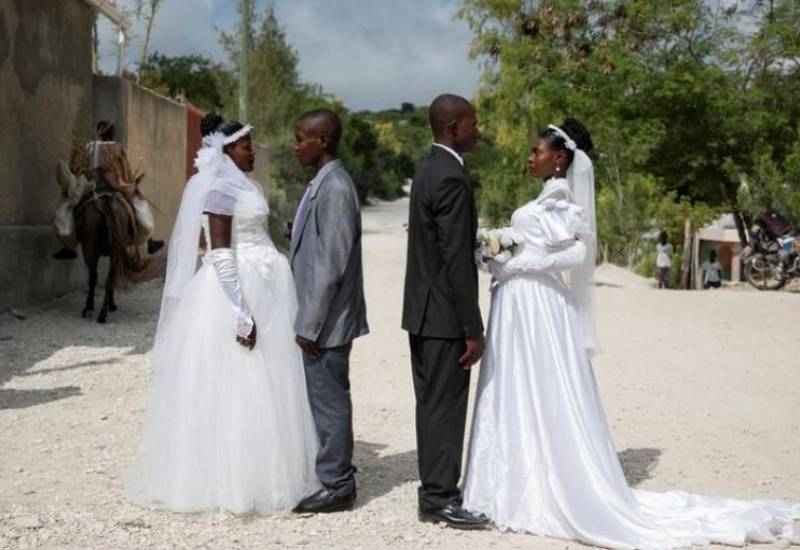 Defying protests and poverty: Couples get creative to wed in style