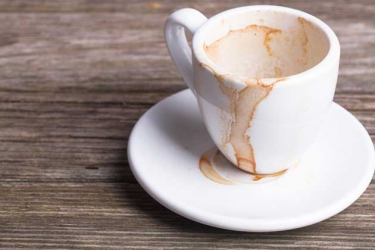 Easy steps to getting rid of stains on your coffee mug