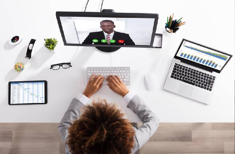 Etiquette: How to look presentable on screen during virtual meetings