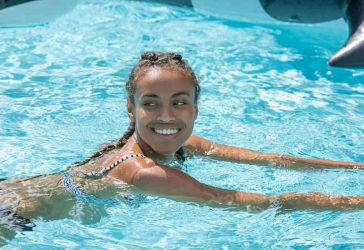 How to protect your skin after swimming