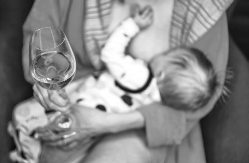 Is it safe to drink alcohol while breastfeeding?
