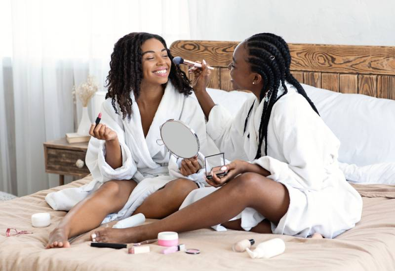 Reasons why you need to replace your makeup products