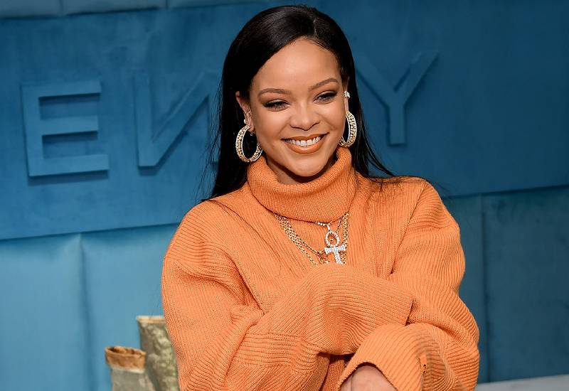 Rihanna is now officially the richest female musician