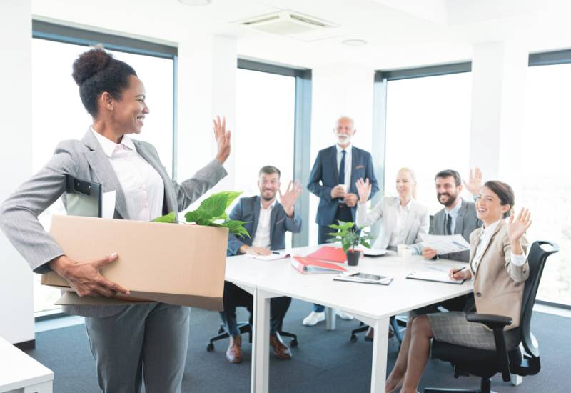 Things you should consider before leaving employment for business