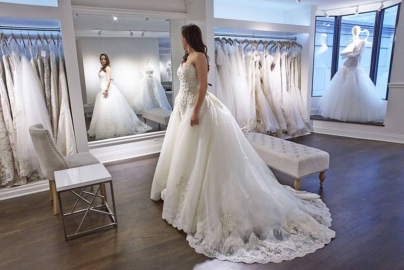 Six tips on how to pick that perfect wedding dress