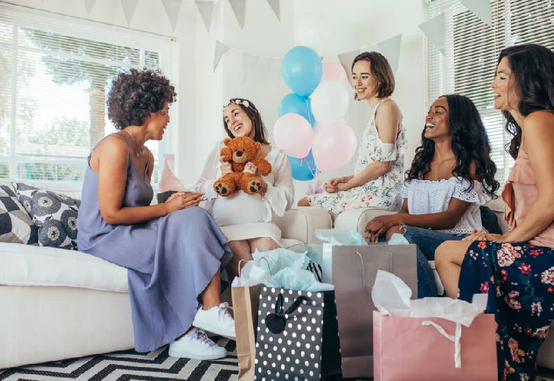 Tips on how to plan your baby shower on a budget