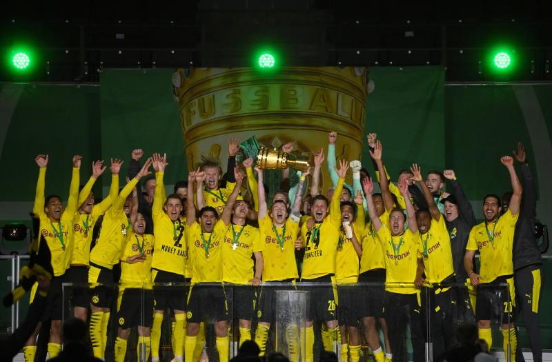 Dortmund crush Leipzig 4-1 to lift German Cup