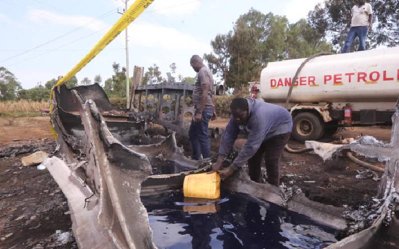 Economy broken when citizens risk lives to loot petrol