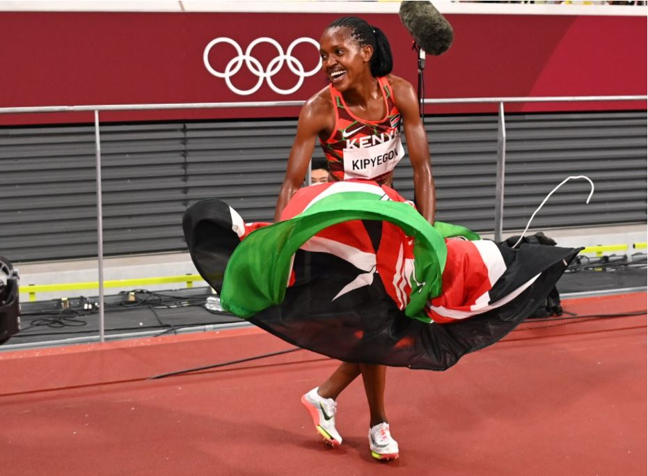 Faith Chepngetich wins 1,500m gold in Tokyo and sets new Olympic record