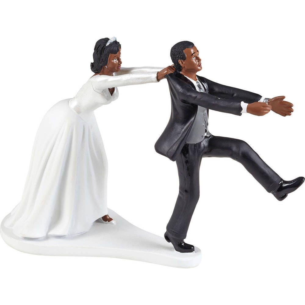 Groom dumps bride for sidechic days to wedding day