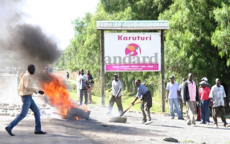 Karuturi fights receivers over property auction