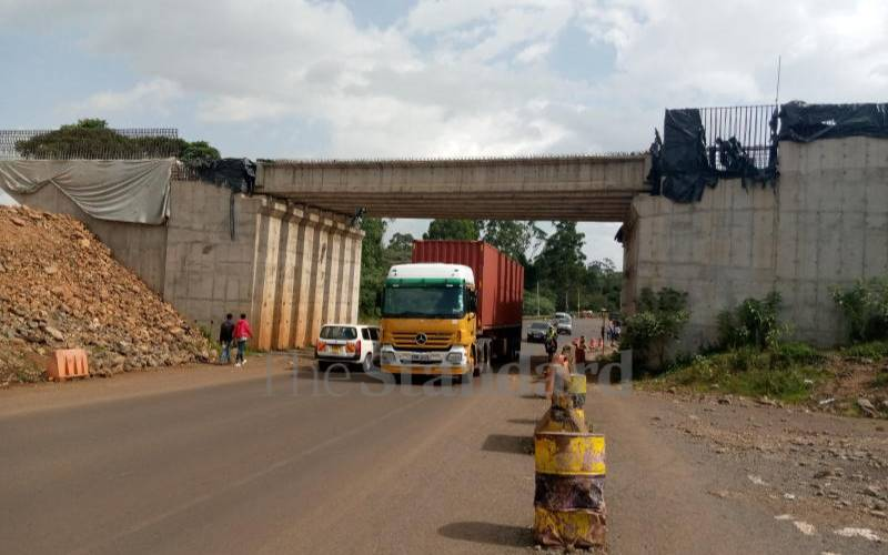 KeNHA puts road contractor on notice over delays
