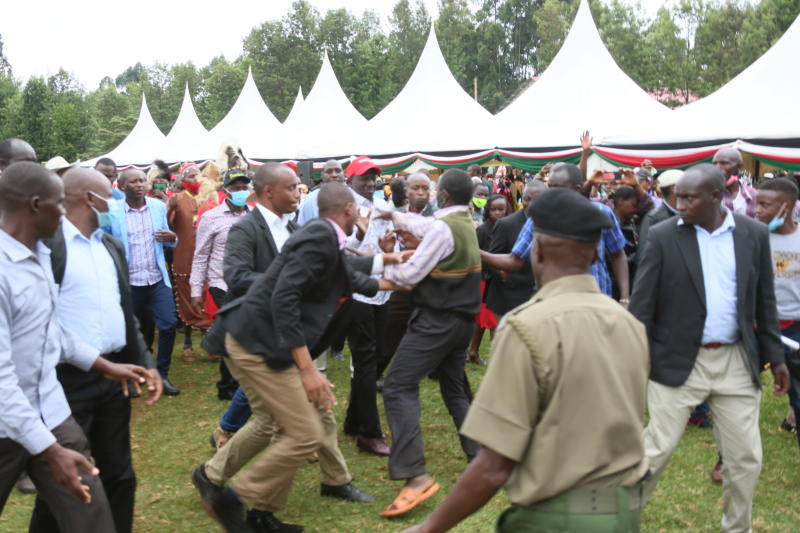 Man attempts to attack DP Ruto in Mathioya