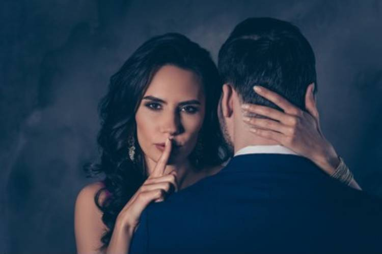 Married women secretly desire open relationships