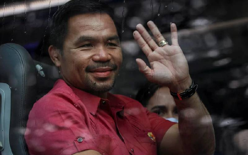 Pacquiao makes Philippines presidential run official