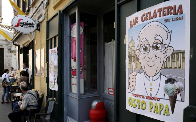 Pope Francis sends 15,000 ice-creams to prisoners in Rome