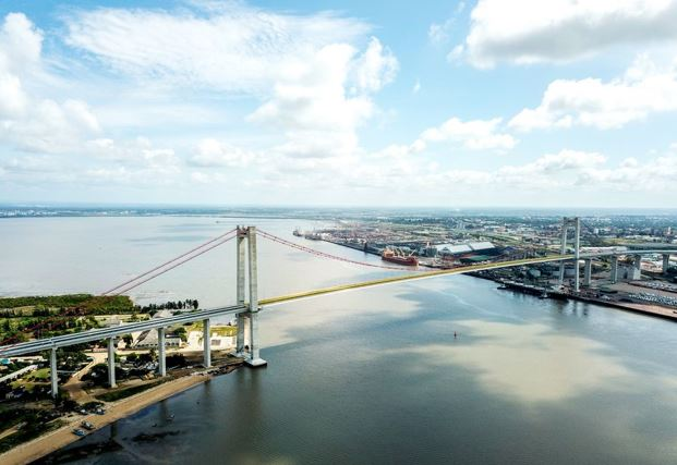 Aerial photo taken on April 8, 2019 shows the Maputo Bay Bridge in Maputo, Mozambique. The bridge is part of the Maputo Bridge and Link Roads project built by the China Road and Bridge Corporation, with Chinese standards and financing support. (Xinhua/Zhang Yu)