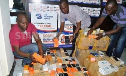 Sh5.2m fake Samsung phones seized in Mombasa
