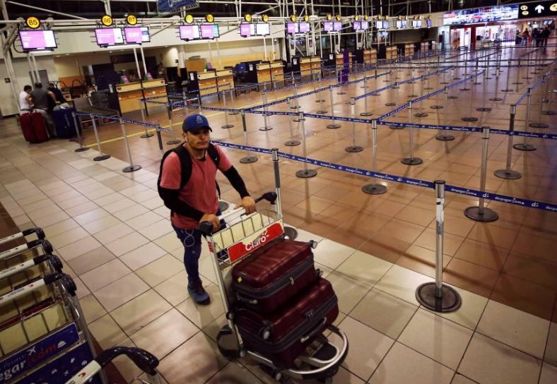 Nine planes grounded by bomb threats: authorities