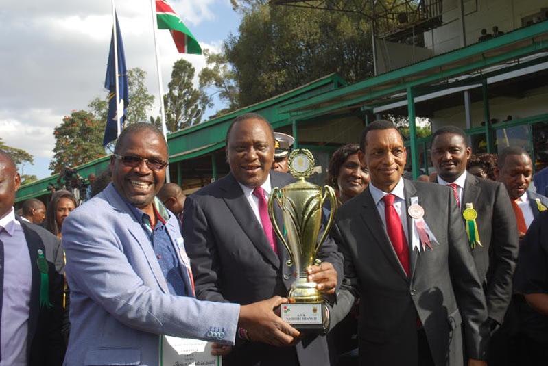 Uhuru awards KIE for best stand