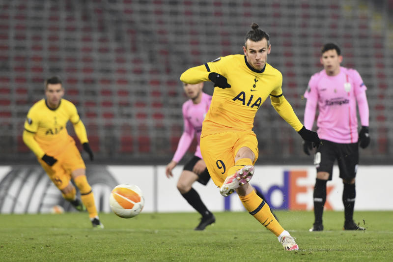 Tottenham make Europa League knockout stage with 3-3 draw at LASK