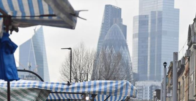 UK economy shrinks but might avoid double-dip recession
