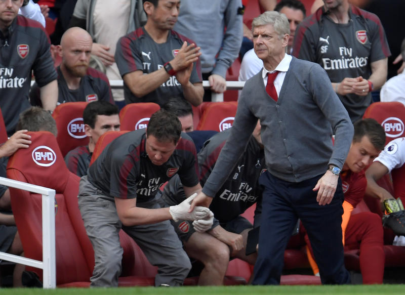 Wenger's death stare when April Fools prank was pulled on him at Arsenal