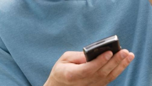 Android users urged to delete spying chat app