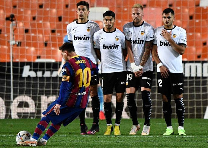 Messi nets twice in Barca turnaround over Valencia : The standard Sports
