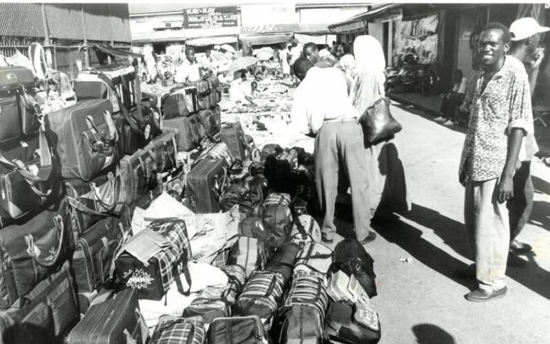 Battle between Nairobi city authorities and hawkers dates back to the 40s