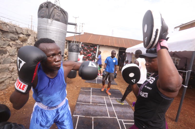 Boxing: Jobless boxers punch above their weight