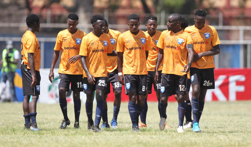 Clawless Leopards struggle to keep up as league gathers pace