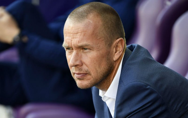 Coronavirus forces Anderlecht to fire coach