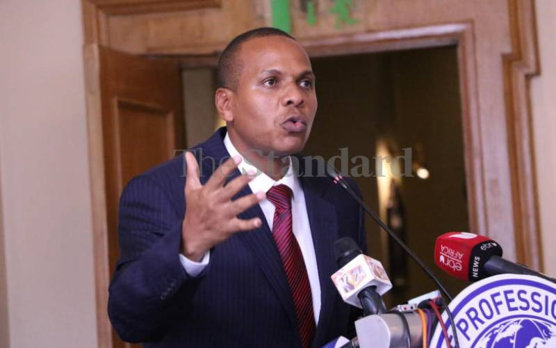 Danson Mungatana and traders petition to legalise local brews trade