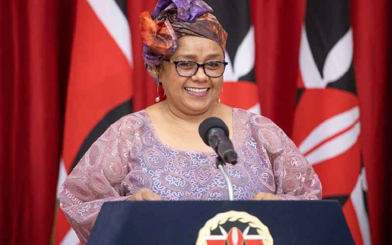 First Lady urges women to go for elective, leadership posts