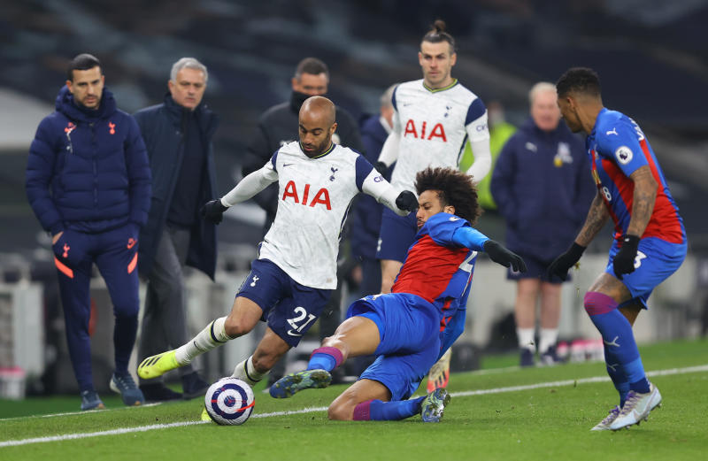 Kane and Bale fire Tottenham to 4-1 win over Crystal Palace