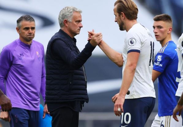 Kane 'would not be so special' in another team, says Mourinho