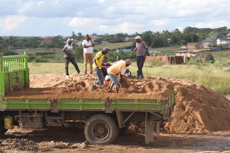 Kangundo residents protest 'dangerous' sand harvesting
