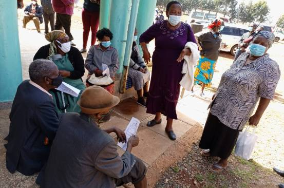 Kenyans in Eldoret line up to get Covid-19 jab