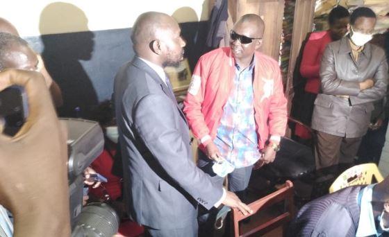 Kapseret MP Oscar Sudi with Senator Kipchumba Murkomen at Nakuru Central Police Station.