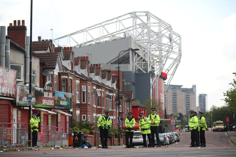 Man United could face points deduction after fan protests