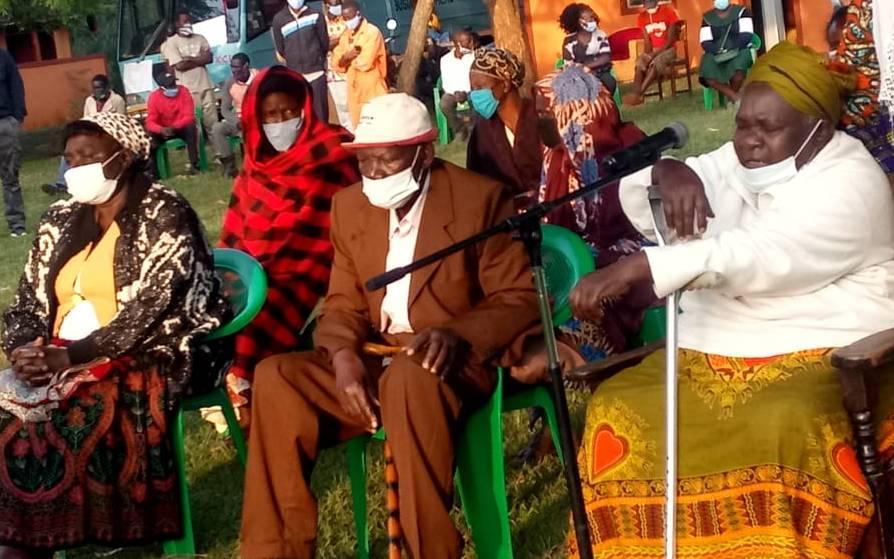 Papa Shirandula descansou em sua casa em Busia: The Standard 9