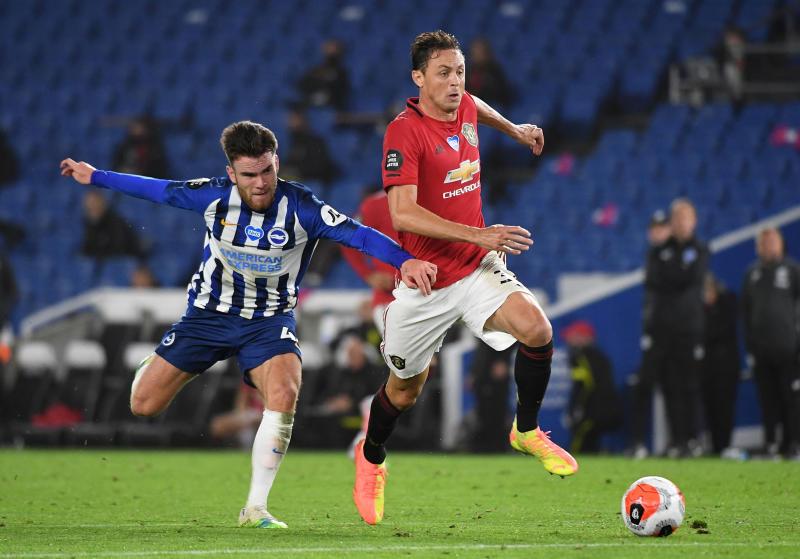 Nemanja Matic signs new Man United contract