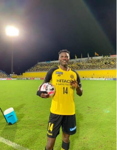 Olunga's hat trick sets Twitter ablaze