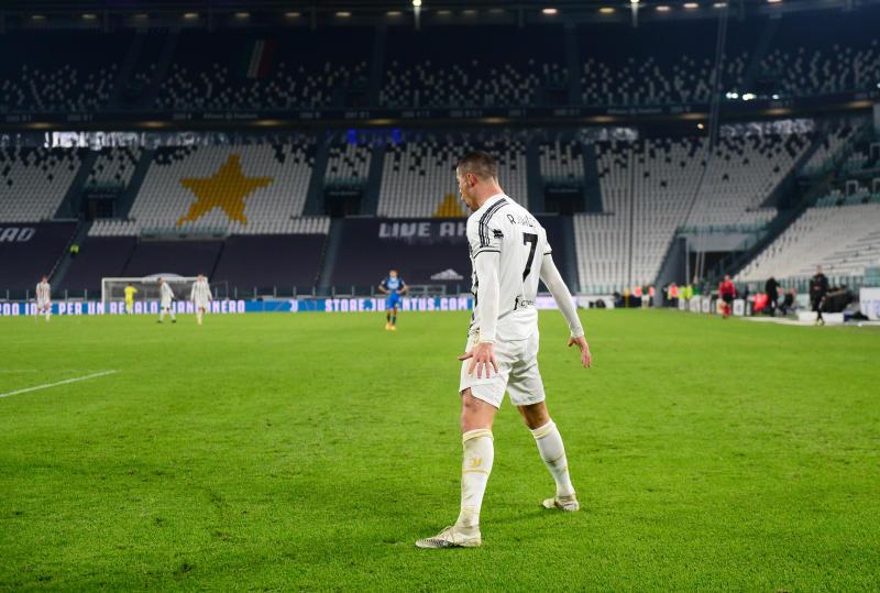 Ronaldo star of the show again as Juventus grab three points