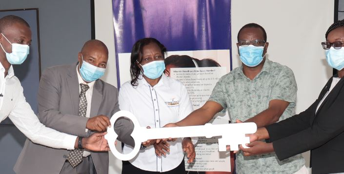 Sacco hands over renovated ward